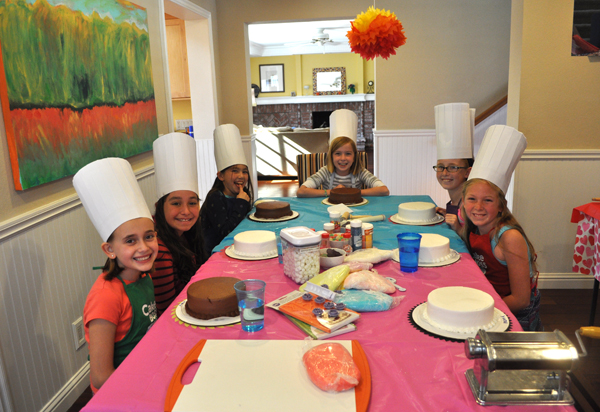 Cake Boss Decorating Ideas : Cake Boss Themed Tween Birthday Party Idea Club Chica ...