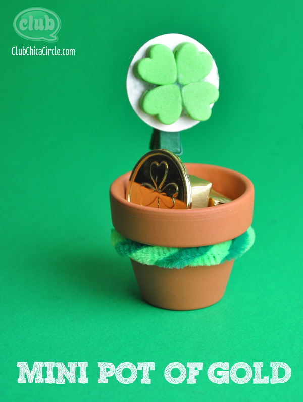 four leaf clover pot of gold craft idea