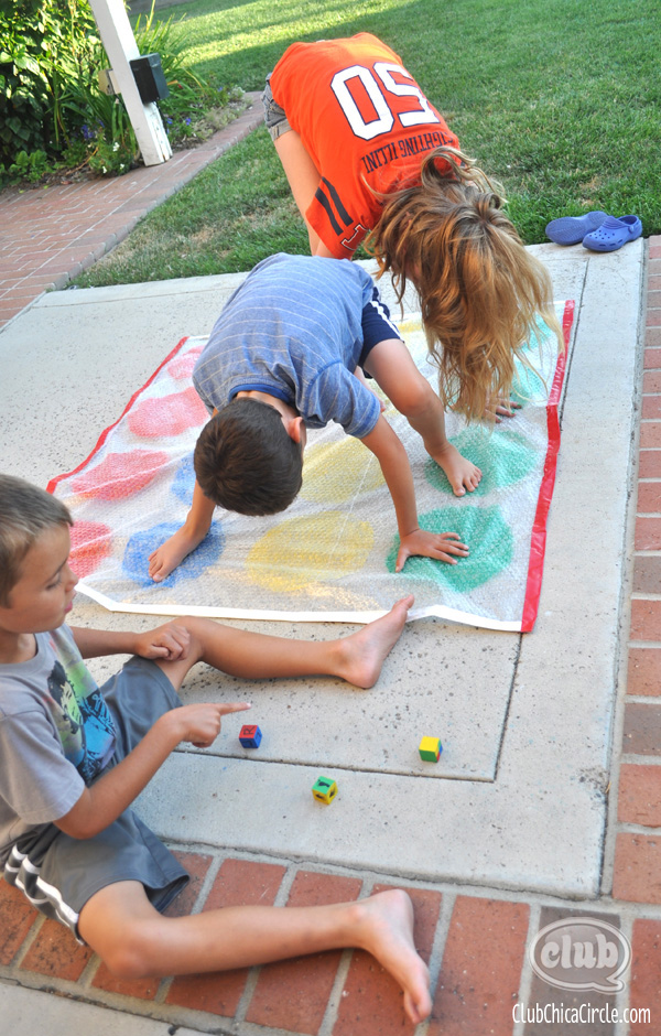 backyard summer game idea for kids @clubchicacircle