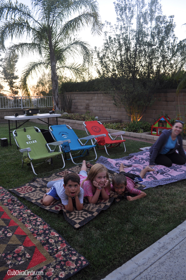 backyard movie night for family and friends with capri sun and popcorn @clubchicacircle