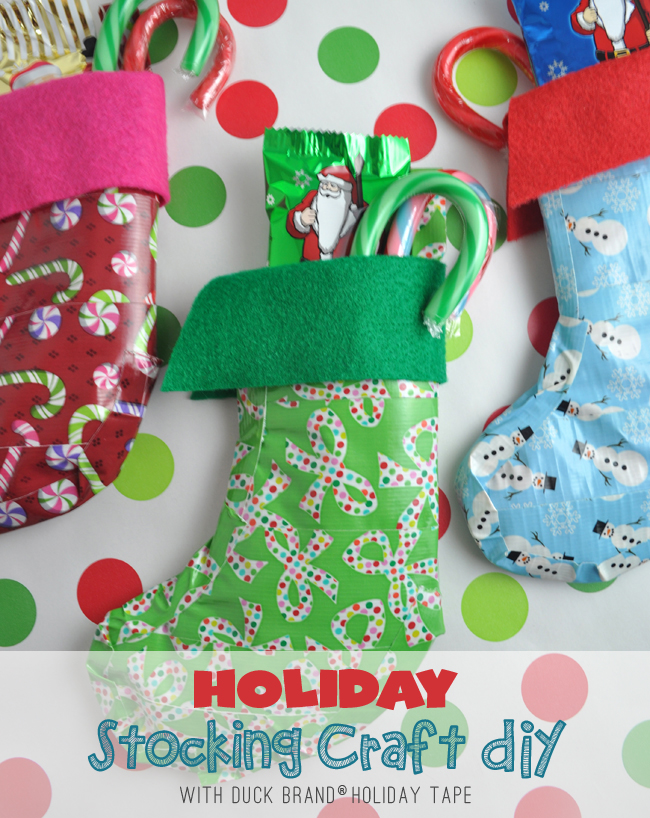 Holiday Duck Tape Stockings DIY @clubchicacircle