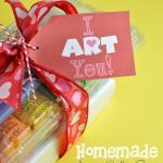 I ART You Free Printable gift tag with homemade art set