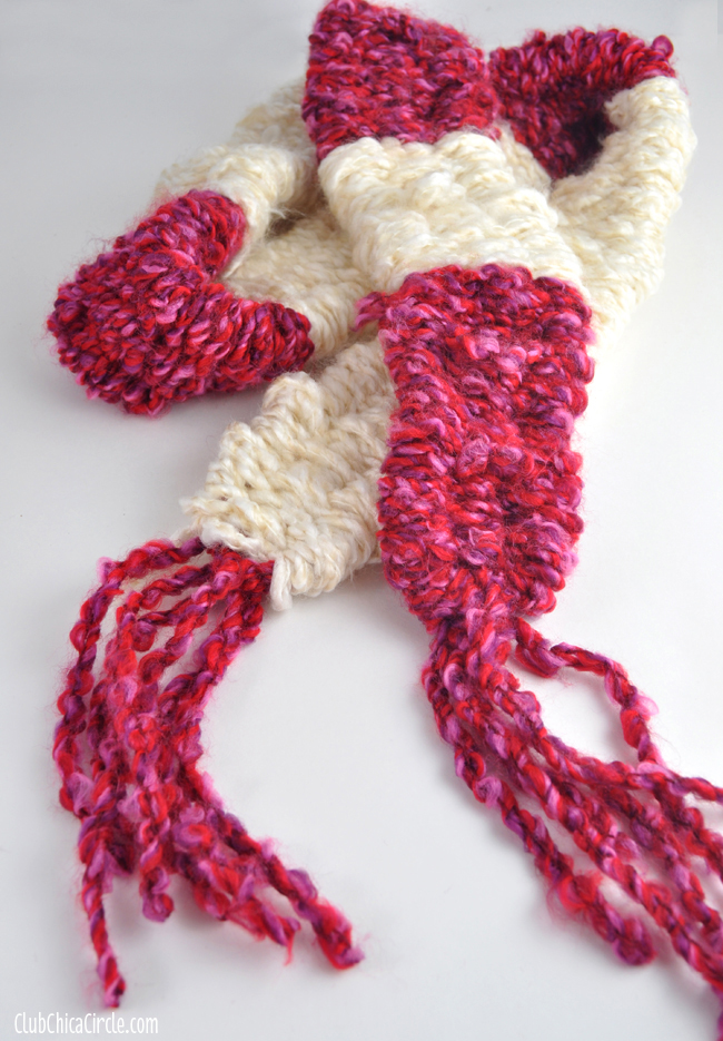 How to knit an easy scarf with straws DIY