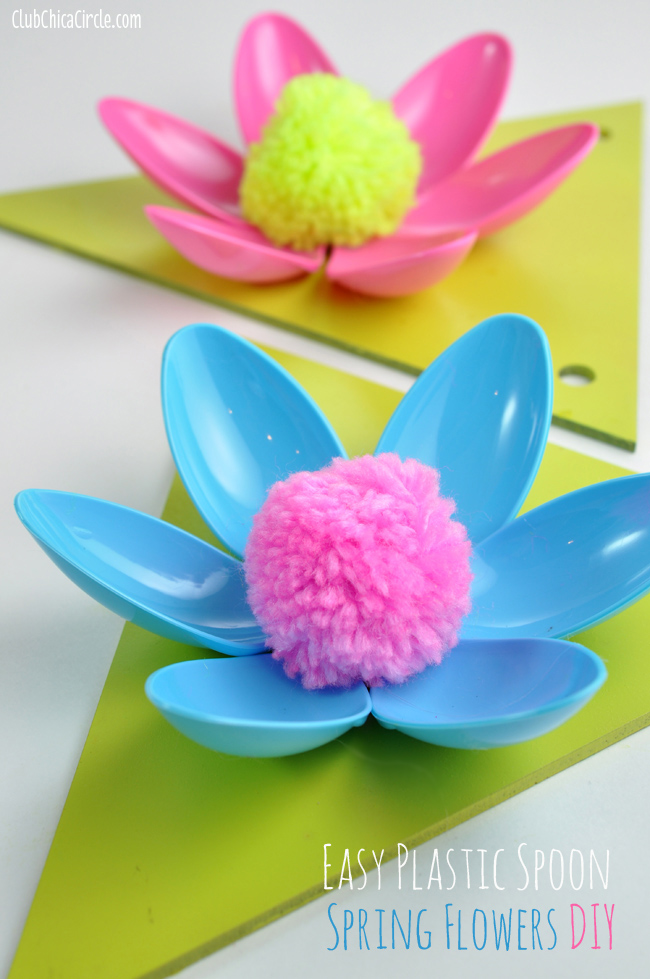 Easy spring flower plastic spoon garland craft idea and for Decorative flowers for crafts
