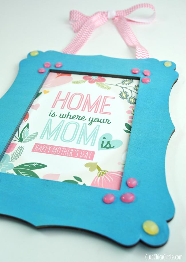 Homemade Motheru0027s Day Frame and Gift DIY & Motheru0027s Day Frame with Homemade Enamel Dots + Free Printable - Mom ...