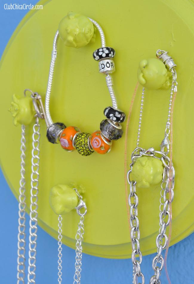 Squinkies upcycle jewelry organizer craft