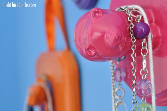 toy jewelry hangers craft idea