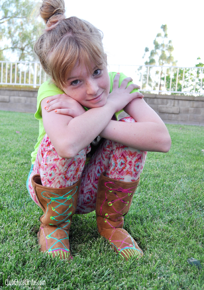 Designer tween boots craft idea with puffy paint