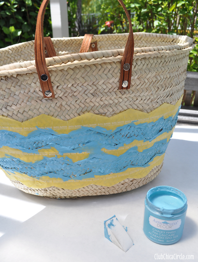 How to paint chevron stripes on a beach bag