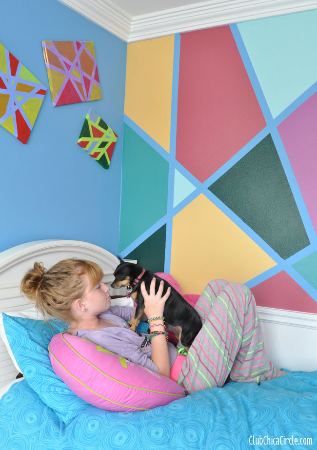 cool DIY tween bedroom wall easy makeover