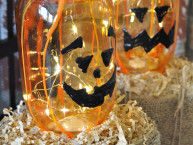 Mason Jar Glass Pumpkins Halloween Craft Idea
