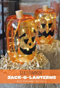 Mason Jar Glass Pumpkins Halloween Craft Idea