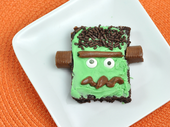 Frankenstein Brownies for Halloween Treat