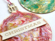 Christmas Decorated Glittery Ornaments