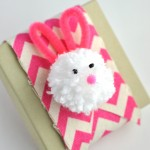 Easy Homemade Pom Pom Bunny Easter Decoration