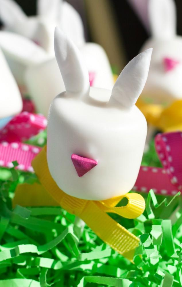 bunny marshmallow pops
