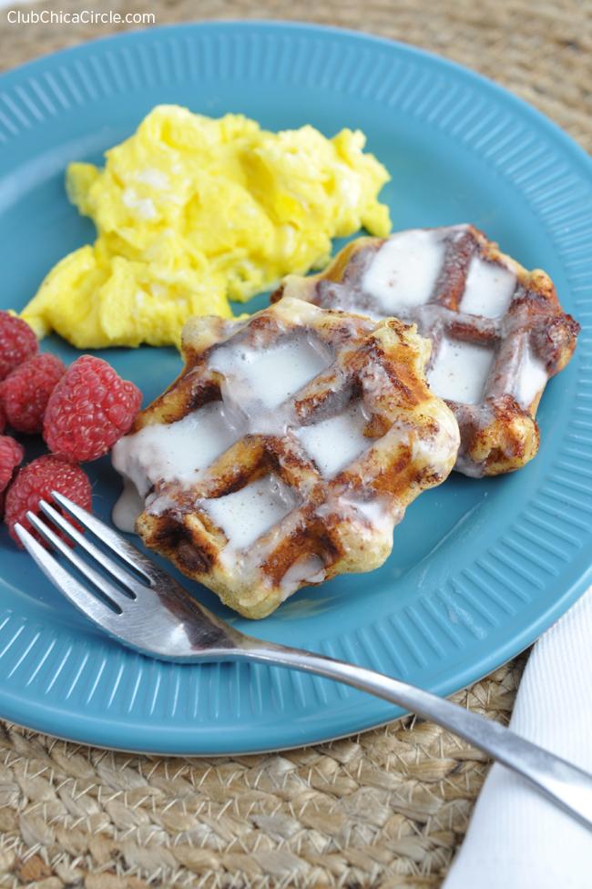 yummy cinnamon roll waffle recipe idea