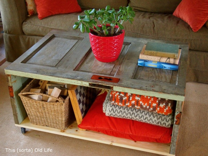 classic diy repurposed furniture pictures 2015 diy. Fantastic Repurposed DIY Projects: Coffee-table-from A Door Classic Diy Furniture Pictures 2015