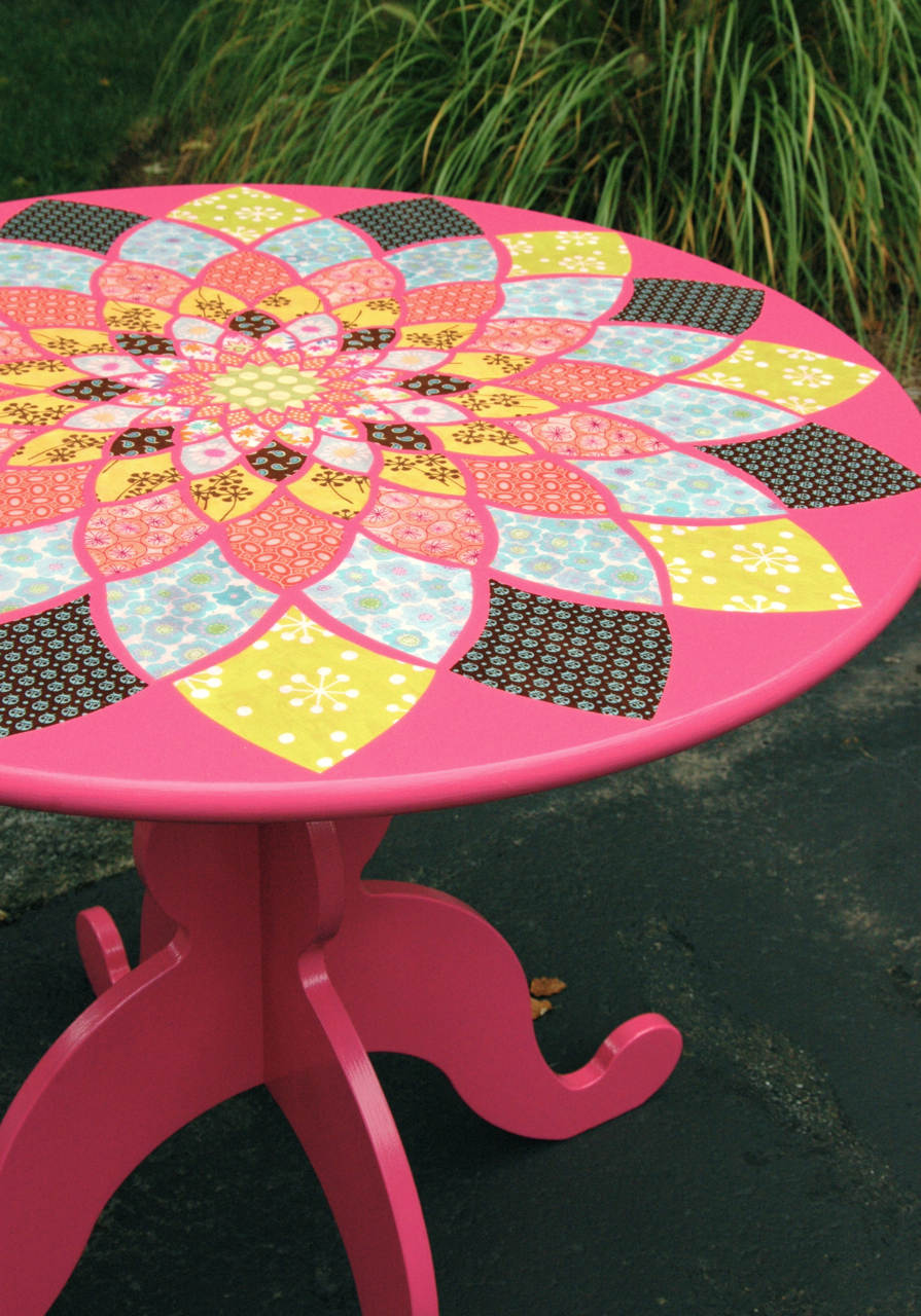 dahlia decoupage table