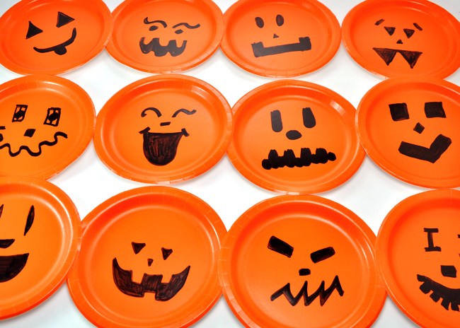 Paper Plate Pumpkin Easy Party Decorations