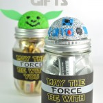 R2D2 and Yoda Mason Jar craft idea @clubchicacircle