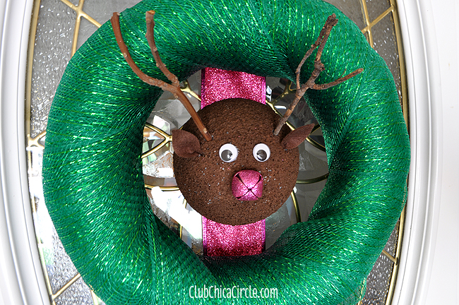 Reindeer Wreath Holiday Easy Craft Idea