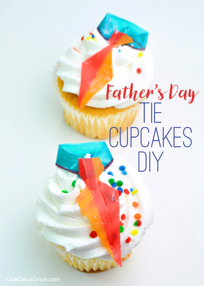 Dressed Up Father's Day Tie Cupcakes @clubchicacircle #BakeryBecause