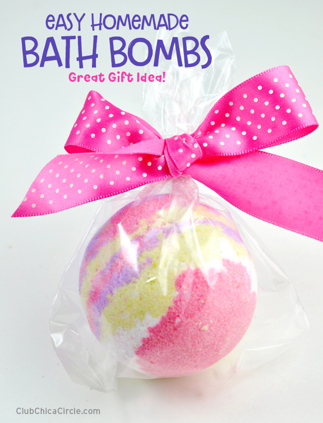 LUSH inspired bath bombs make great homemade gifts