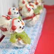 Gingerbread Snowmen Cake Pops