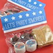Patriotic S'mores Party Packs with Free Printable