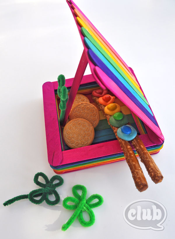 Leprechaun trap filled with pretzels, M&M's, and golden Oreos.
