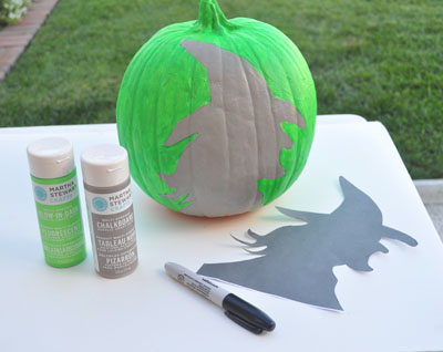 witch-painted-pumpkin-step-3