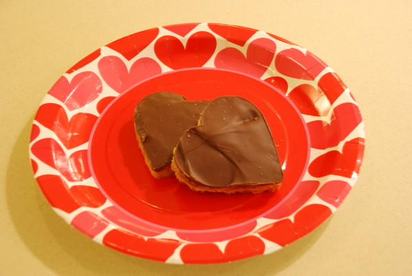 Heart-shaped chocolate toffee bars