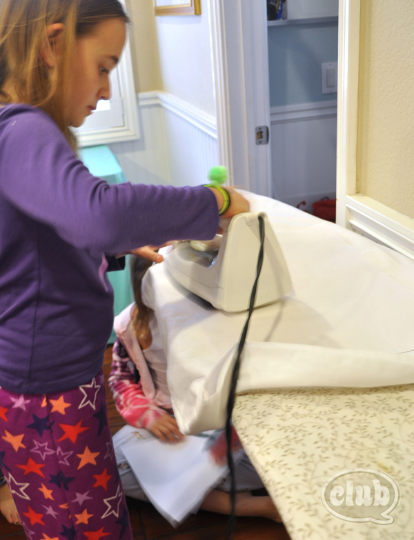 ironing on designs on pillow cases craft