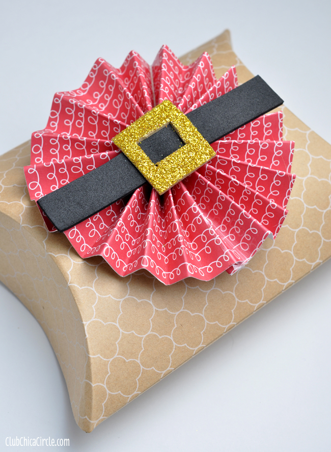 Santa Belly paper flower gift bow