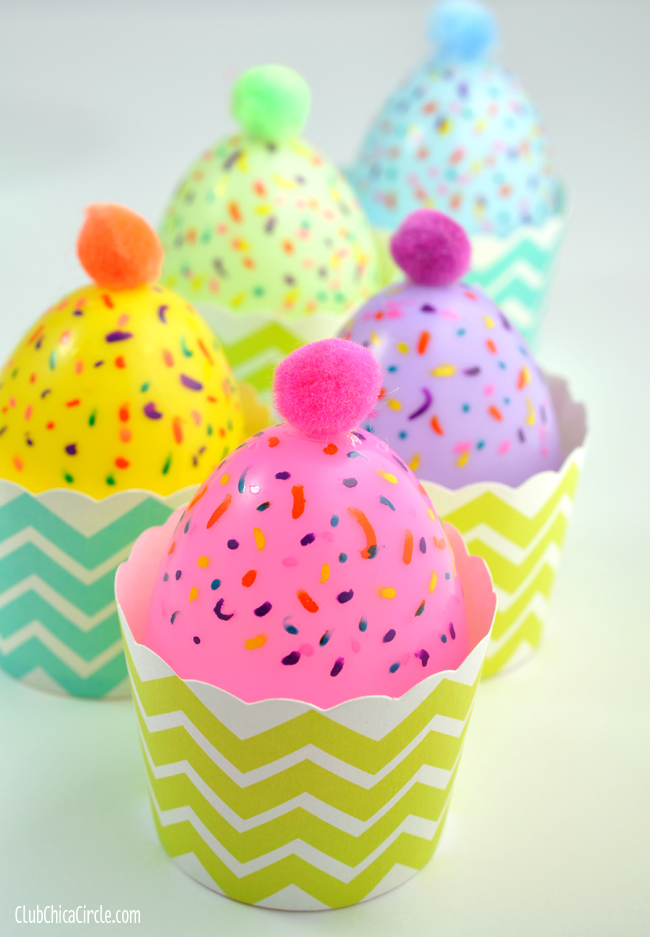 Plastic Egg Cupcakes @clubchicacircle