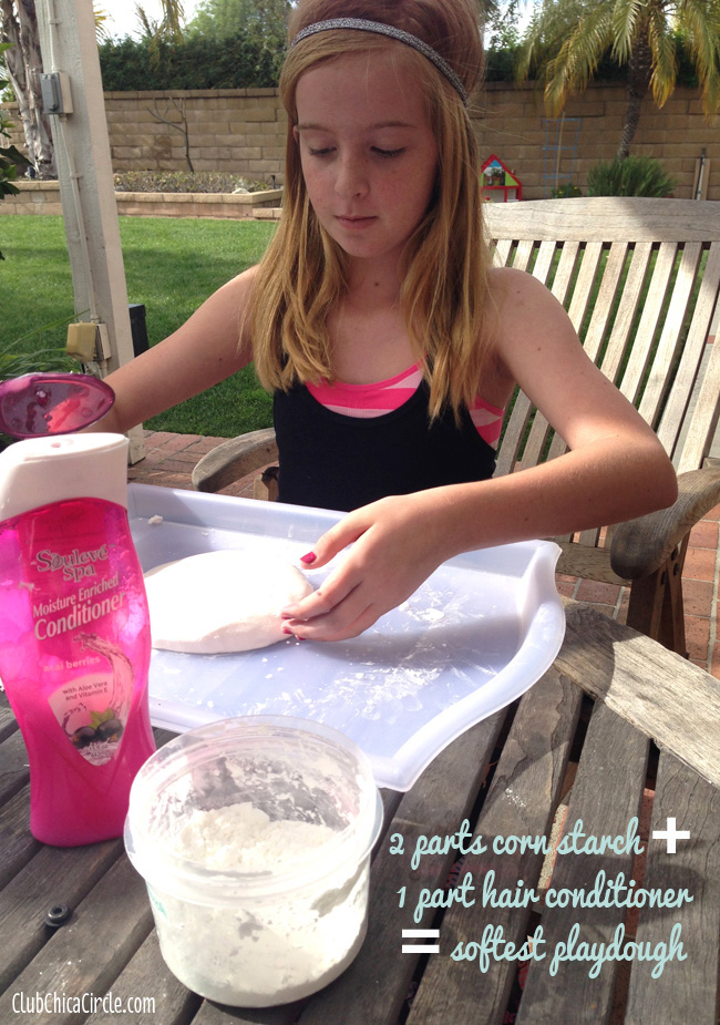 make homemade playdough with corn starch and hair conditioner