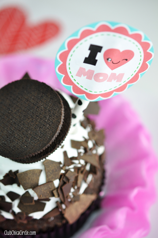 I heart MOM cupcake bakery treat with free printable and craft idea