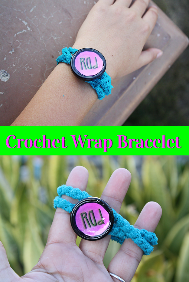 easy crochet wrap-bracelet