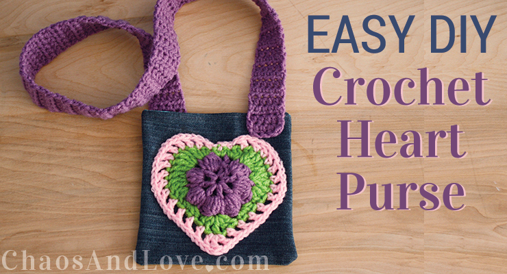 crochet-heart-purse-feat