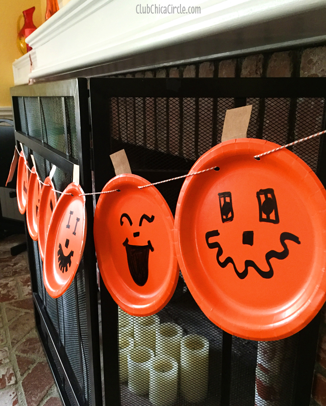 Paper Plate Pumpkin Banner Craft for Halloween